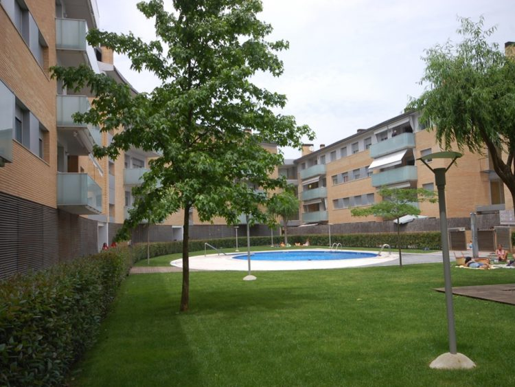 BEAUTIFUL APARTMENT with POOL TOSSA