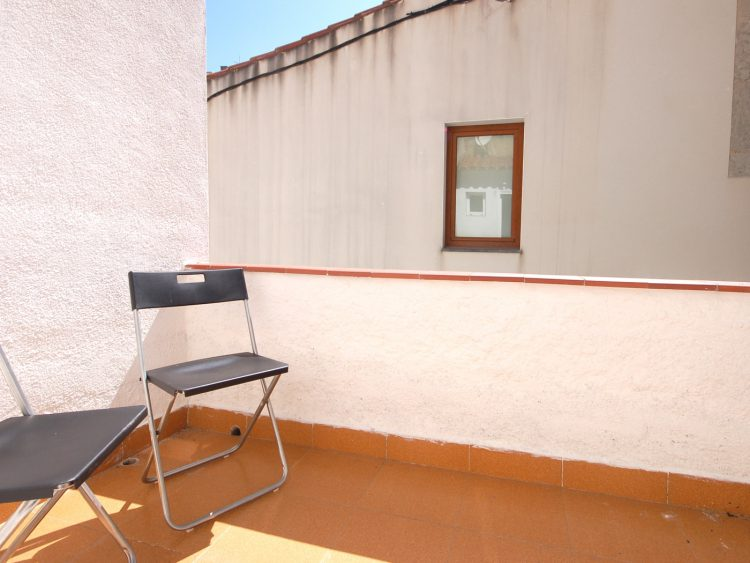 COZY APARTMENT 70 m. from THE BEACH in TOSSA