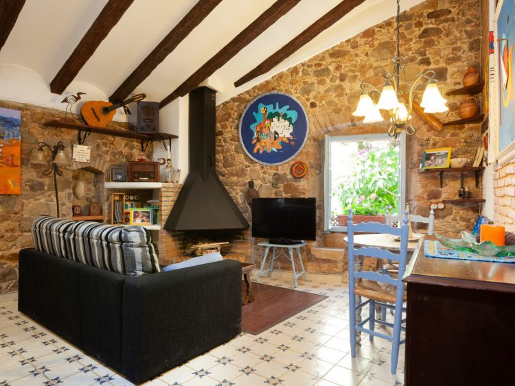 RUSTIC APARTMENT IN THE OLD TOWN TOSSA