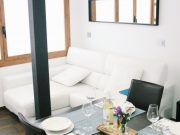 Foto Cozy Apartment in center 5 min to the beach